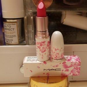 MAC Cosmetics Makeup - 🌸BNIB 🌸Mac Cosmetics Matte Lipstick-Tsk Tsk